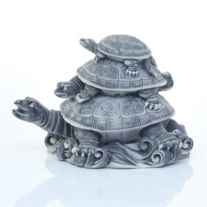 Три черепахи (пирамидка)