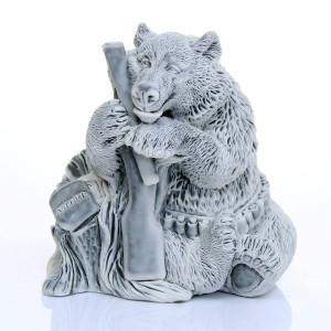 Медведь охотник