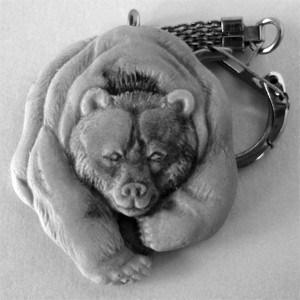 Медведь (вид спереди) / брелок