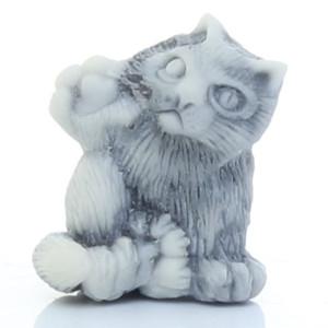 Кот (с лапкой вверх) / магнит