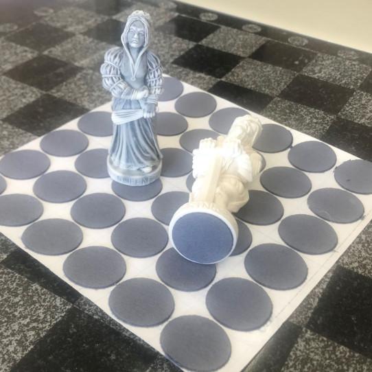 Подложка из искусственного бархата для шахмат комплект 32 шт.